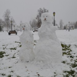 Снеговики нашего города