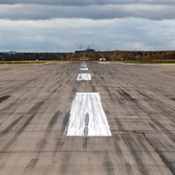 В Тобольском аэропорту украли взлетную полосу