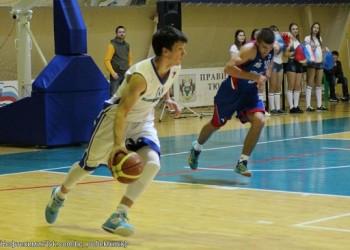 Баскетболисты Тобольска дважды переиграли гостей из Черкесска