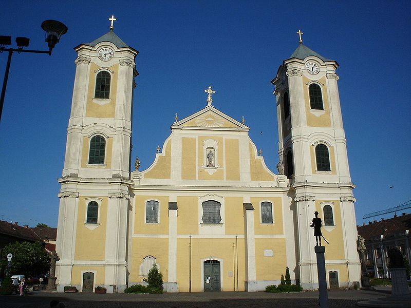 800px-Gyongyos_-_Szent_Bertalan_church