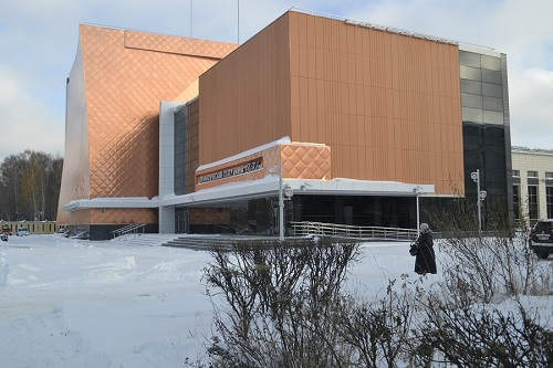 Театр зима