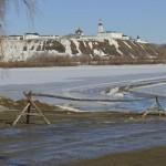 В Тобольске закрыли ледовую переправу