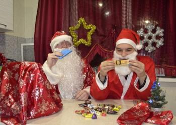 Веселый дегустатор: Вскрываем новогодние подарки