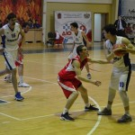 Тобольский «Нефтехимик» взял реванш у баскетболистов «Уралмаша»