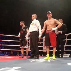 Боксер Григорий Николайчук одержал очередную победу на профессиональном ринге
