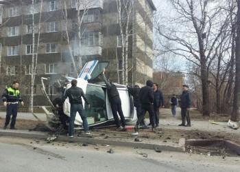 В Тобольске патрульный автомобиль «Форд» попал в серьезное ДТП