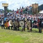 Тоболяков на фестиваль «Абалакское поле» отвезут дополнительные автобусы