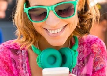 Тюменцы стали чаще сидеть в соцсетях с телефона