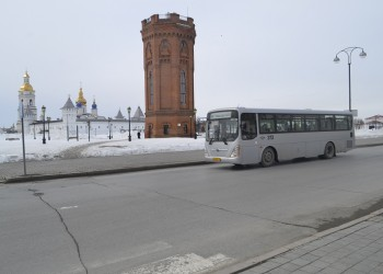 В Тобольске запустили автобусный маршрут к пригородным поездам