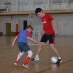 Игрок «Спартака» провел тренировку для юных тобольских футболистов. Фоторепортаж