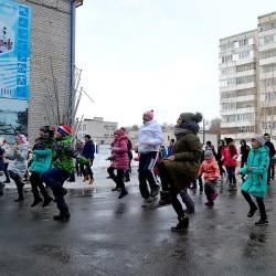 Тоболяки вышли на массовую зарядку. Фото