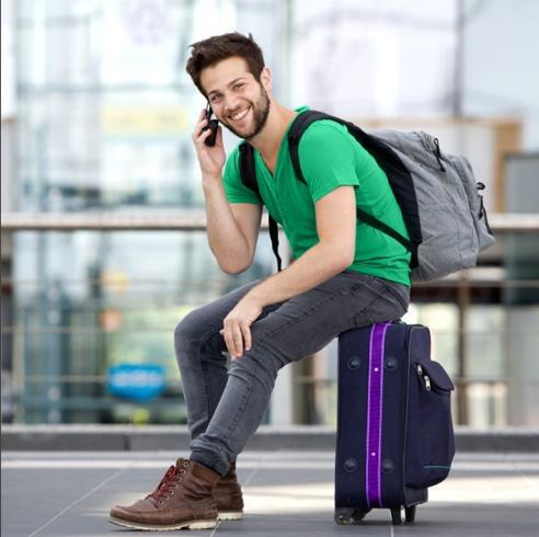 В ожидании рейса гости «Рощино» летают в интернете