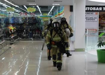 В торговом центре «Евразия» прошла учебная эвакуация. Фото