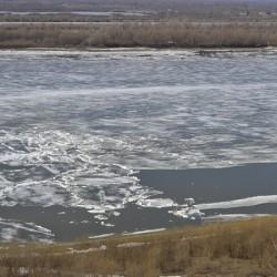 В Тобольске на Иртыше начался ледоход