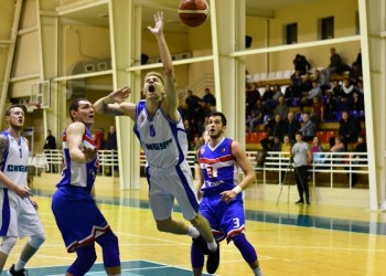 БК «Нефтехимик» обменялся победами с баскетболистами «Тамбова»