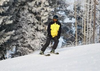 Тоболяков ждут на соревнованиях по горным лыжам и фитнес-аэробике