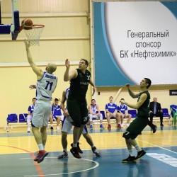 БК «Нефтехимик» дважды одолел черкесских баскетболистов