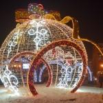 """На украшение """"Жемчужины Сибири"""" ушло почти 3 тысячи гирлянд и 200 стробоскопов"""