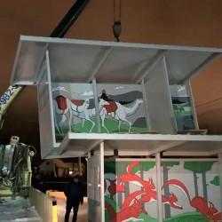 В Тобольск привезли новые автобусные остановки