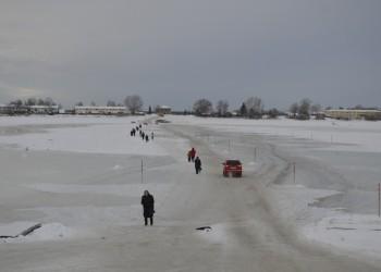 В Тобольске открыли автомобильную переправу через Иртыш