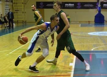 Тобольские баскетболисты начали год с двух домашних побед