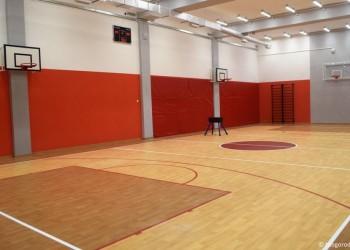В тобольских школах капитально отремонтировали шесть спортзалов