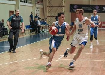 БК «Нефтехимик» дважды переиграл баскетболистов из Санкт-Петербурга