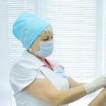 16 тоболяков пострадали от укусов клещей с начала сезона
