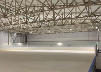 В Тобольске готовится к запуску второй ледовый корт. Фото