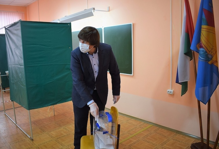 афанасьев голосует