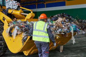 Мусоросортировочный завод в Тобольске заработает в конце текущего года