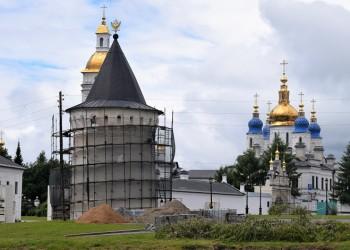 Масштабную реконструкцию объектов тобольского кремля завершат осенью