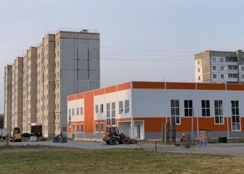 В седьмом микрорайоне Тобольска строят два крупных торговых объекта