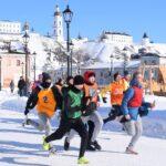 Тоболяки провели спортивный выходной на Базарной площади