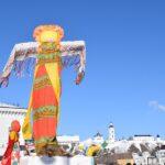 Тоболяки проводили зиму на Базарной площади
