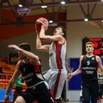 Тобольские баскетболисты без поражений выступают в Челябинске