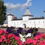 В кремле станет больше деревьев и кустарников